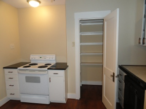 428 Sunny Lane Kitchen with a pantry and electric oven stovetop
